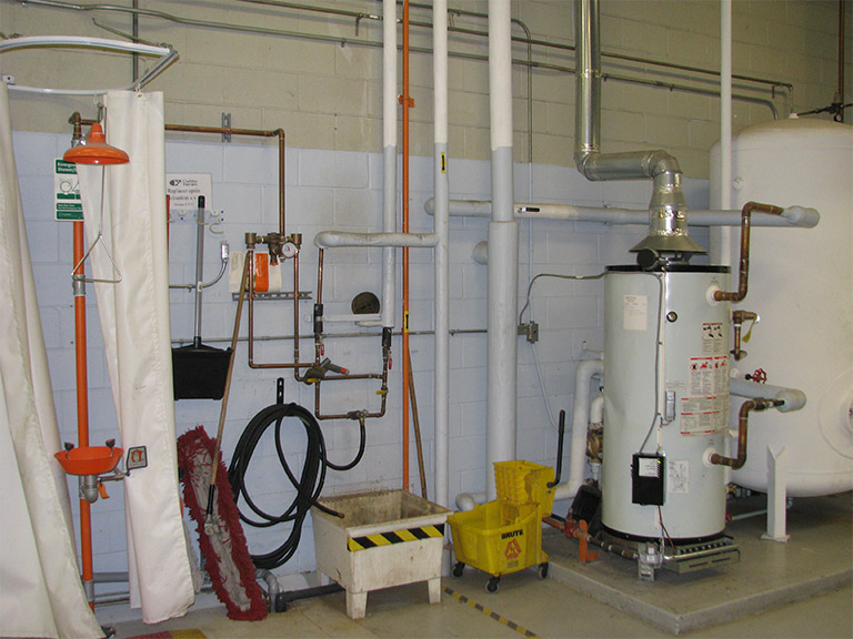 darspec-commercial-mechanical-water-before_uid60d3787fbe54e